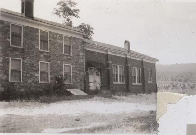 WhiteSchoolHillsboro1